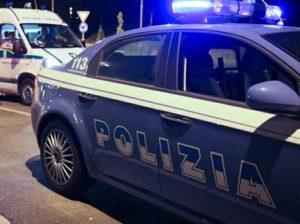 auto-polizia-300x224 Nichelino: una donna uccide il marito a coltellate