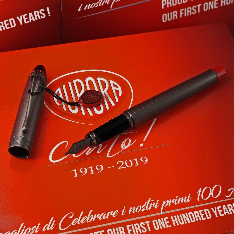 """aurora-ipsilon-cento-100-years-fountain-pen-stilografica Le penne Aurora compiono 100 anni e festeggiano con la collezione """"Cento Italia"""""""