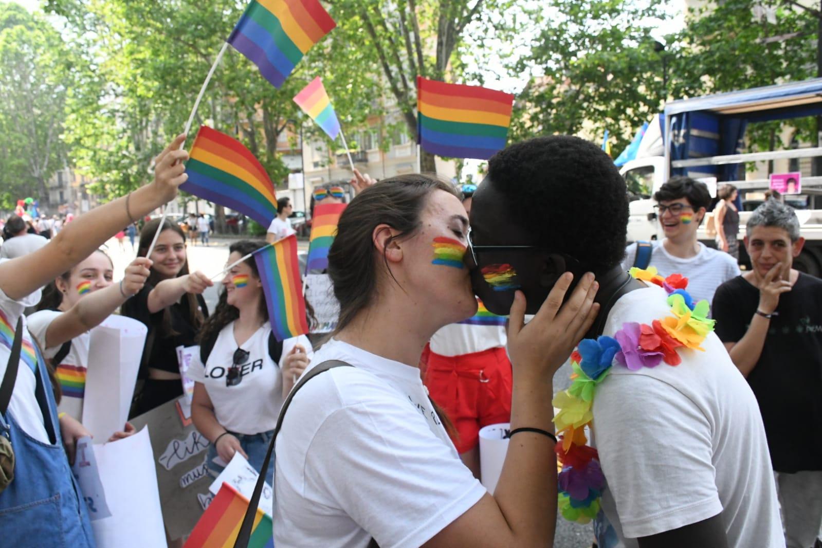 Torino Pride 2019 bacio